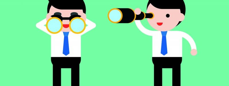 Binoculars vs Monoculars – What's the Difference?