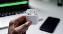 Raycon Earbuds vs Airpods