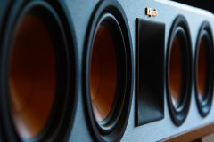 Klipsch vs Polk Speakers – Which brand is best?